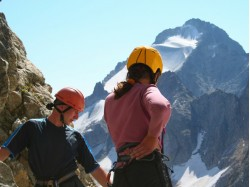 Climbing outdoors –Introductory course in Brasov