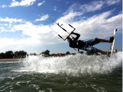 Initiation in kite-boarding in Constanta