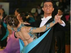 Waltz lesson for beginners in Bucharest
