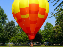 Hot air balloon flying lesson in Bucharest