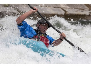 Whitewater rafting on Jiu river for 2