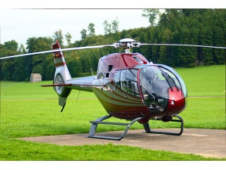 Scenic helicopter flight with guests in Oradea