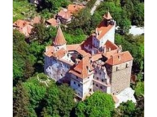 Helicopter tour for couples from Bucharest to the Bran and Peles Castles