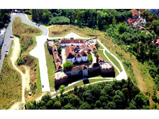 Scenic airplane flight at Bran Castle, 1seat